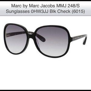 Marc Jacobs Black Oversized Sunglasses